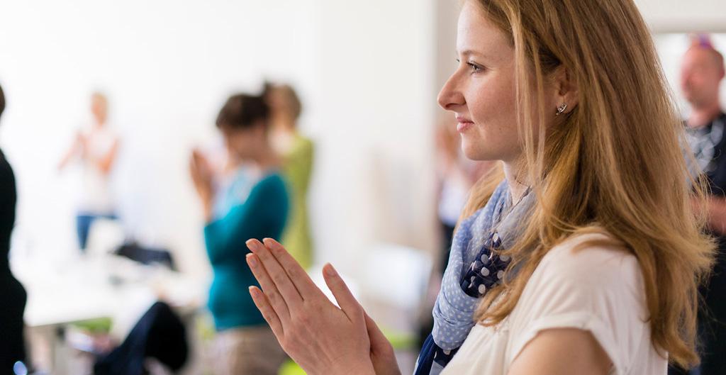 Office yoga - mindfulness